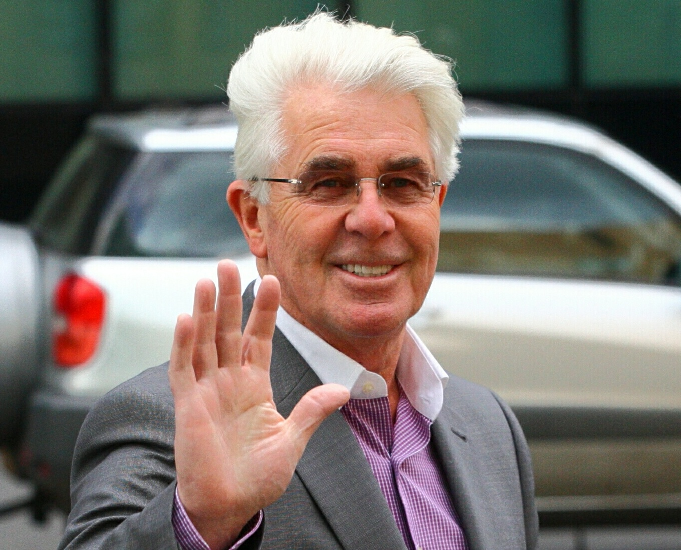 Max Clifford tried to seduce girl with erotic dance