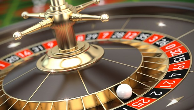 Croupier faces trial over roulette scam