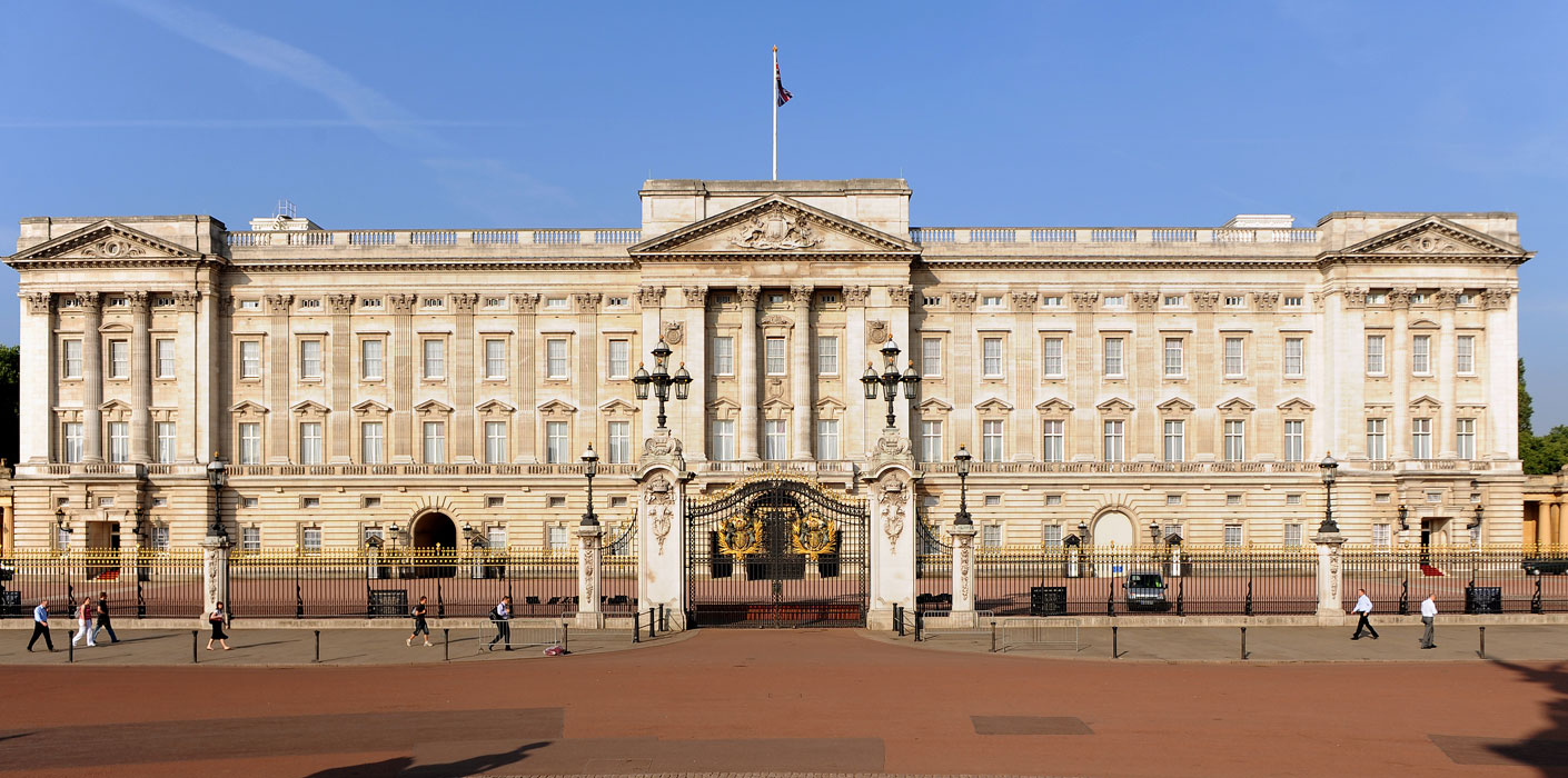 Charges dropped against the knifeman arrested on mission to kill the Queen