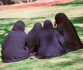 'Jihadi girl gang' in court