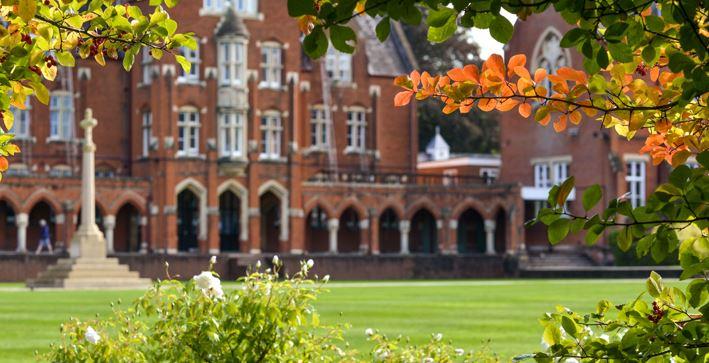 Rugby teacher billed boarding school for free Wimbledon tickets
