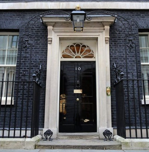 Knives on Downing Street