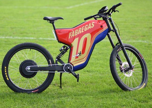Police hunt Cesc Fabregas 'bike thief'