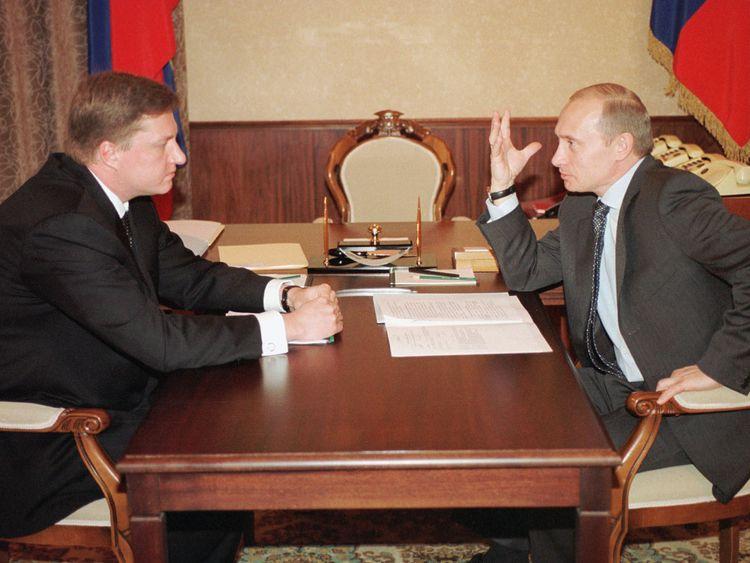 Putin fear drove cash cover-up