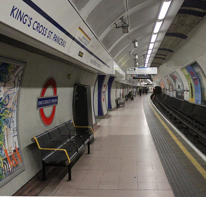 Woman 'masturbated on Tube train for ten minutes'