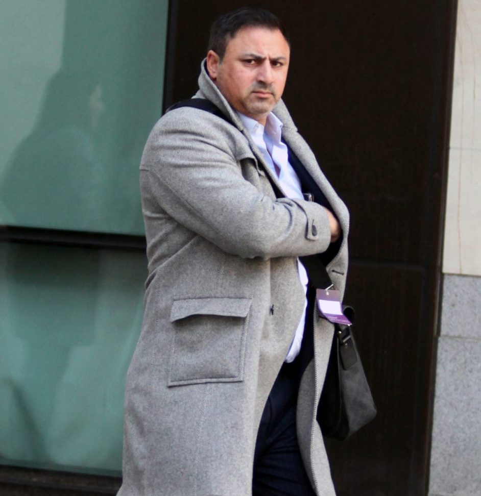 Conman 'swindled £1m from friend' in country house con