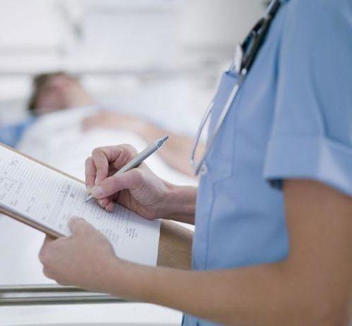 Romanian nurse could not read drugs labels