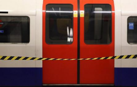 Knife teen 'shot by man he tried to stab' on Tube