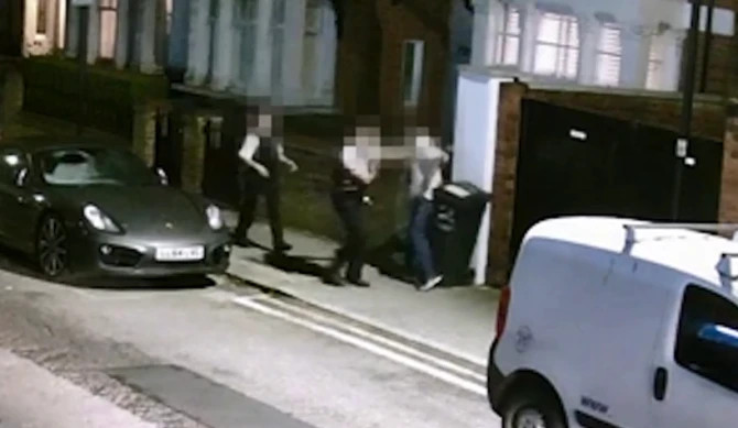 'I'm guilty!' shouts accused cop stabber
